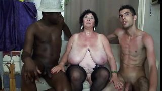 FRENCH BBW 65YO GRANNY OLGA FUCKED BY 2 MEN – DP