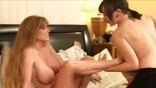Lesbian Babysitters 2 -s2- Sinn Sage & Darla Crane